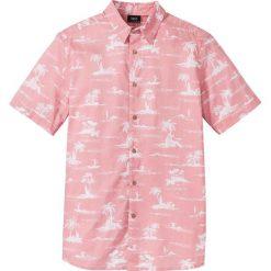 Koszula z krótkim rękawem Regular Fit bonprix jasnoróżowy. Białe koszule męskie marki bonprix, z klasycznym kołnierzykiem, z długim rękawem. Za 32,99 zł.