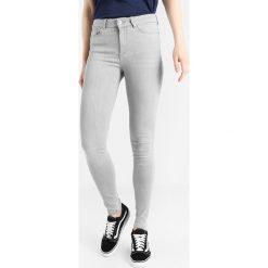 Jeansy damskie: Vero Moda VMSEVEN Jeans Skinny Fit light grey denim