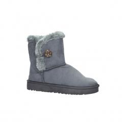 Śniegowce Casu  Szare śniegowce z futerkiem emu  703. Szare buty zimowe damskie Casu. Za 39,99 zł.