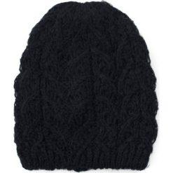 Czapka damska Miękkość górą czarna. Czarne czapki zimowe damskie marki Art of Polo. Za 47,34 zł.