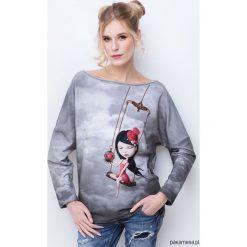 In love girl bluza z nadrukiem. Szare bluzy dziewczęce rozpinane Pakamera, z nadrukiem. Za 199,00 zł.