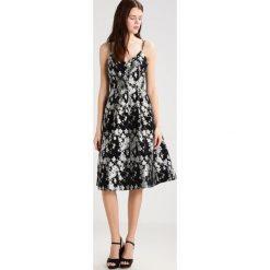 Sukienki hiszpanki: Topshop Sukienka koktajlowa monochrome