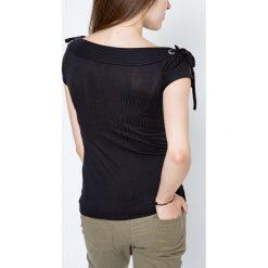 Bluzki asymetryczne: Bluzka w prążki zdobiona wiązaniami na ramionach czarna