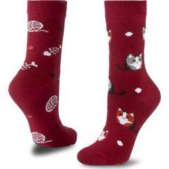 Skarpety Wysokie Unisex MANY MORNINGS - Playful Cat Bordowy. Czerwone skarpetki męskie marki Many Mornings, z bawełny. Za 29,00 zł.