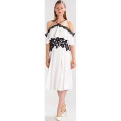Sukienki hiszpanki: Karen Millen Sukienka koktajlowa white