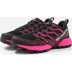 Scarpa NEUTRON 2  Obuwie do biegania Szlak black/pink glow. Szare buty do biegania damskie marki Scarpa. Za 629,00 zł.