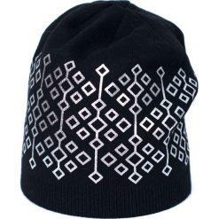 Czapka damska  Elegant geometry czarno srebrna. Czarne czapki zimowe damskie Art of Polo. Za 61,09 zł.