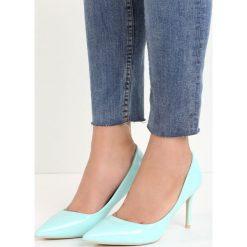 Niebieskie Szpilki Killer Heels. Niebieskie szpilki marki Mohito. Za 59,99 zł.