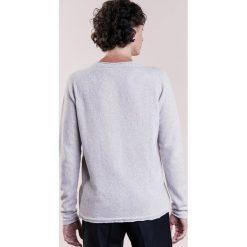 120% Cashmere Sweter alabastro melange. Brązowe swetry klasyczne męskie 120% Cashmere, m, z kaszmiru. W wyprzedaży za 748,30 zł.