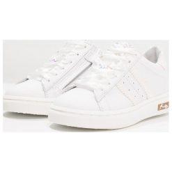 Hip Tenisówki i Trampki white. Brązowe buty sportowe chłopięce marki Hip. W wyprzedaży za 377,10 zł.