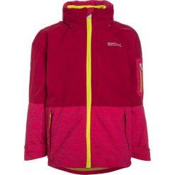 Regatta HYDRATE II 3IN1 UKUT Kurtka przeciwdeszczowa pink. Czerwone kurtki dziewczęce przeciwdeszczowe marki Regatta, z materiału, outdoorowe. W wyprzedaży za 199,50 zł.