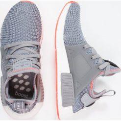 Adidas Originals NMD_XR1 Tenisówki i Trampki grey three/solar red. Szare tenisówki damskie adidas Originals, z materiału. W wyprzedaży za 407,40 zł.