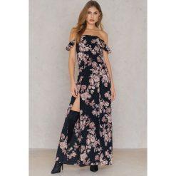 Długie sukienki: Flynn Skye Długa sukienka Bardot - Black,Multicolor