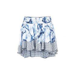 Spódnice krótkie Desigual  ZIFUKRE. Szare minispódniczki marki Desigual, l, z tkaniny, casualowe, z długim rękawem. Za 244,30 zł.