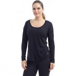 """Koszulka """"Micah"""" w kolorze czarnym. Czarne bluzki damskie BALANCE COLLECTION, s, z okrągłym kołnierzem, z długim rękawem. W wyprzedaży za 65,95 zł."""