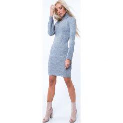 Sukienka swetrowa z golfem jasnoszara MP32096. Szare sukienki marki Fasardi, l, z golfem. Za 69,00 zł.