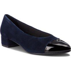 Półbuty VAGABOND - Alicia 4605-149-95 Dk Blue/Black. Niebieskie półbuty damskie lakierowane marki Vagabond, z lakierowanej skóry, na płaskiej podeszwie. W wyprzedaży za 299,00 zł.