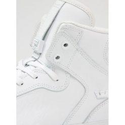 Supra VAIDER CLASSIC Tenisówki i Trampki wysokie white/red. Białe tenisówki damskie Supra, z materiału. W wyprzedaży za 367,20 zł.