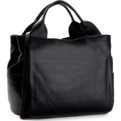 Torebka CLARKS - Talara Star  Black Leather. Czarne torebki klasyczne damskie Clarks, ze skóry. W wyprzedaży za 469,00 zł.