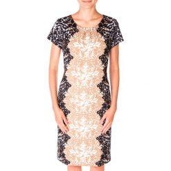Elegancka sukienka we wzory QUIOSQUE. Czarne sukienki balowe QUIOSQUE, z tkaniny, z krótkim rękawem, mini, dopasowane. W wyprzedaży za 50,00 zł.