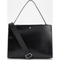 Duża torebka z uchwytem na ramię - Czarny. Czarne torebki klasyczne damskie marki Reserved, duże. Za 149,99 zł.
