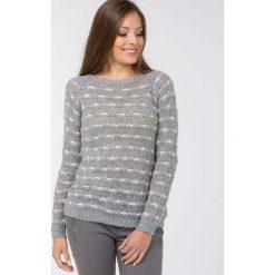 Swetry klasyczne damskie: Sweter z wyszywanym wzorem