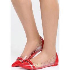 Czerwone Balerinki Gotta Make It. Czerwone baleriny damskie Born2be, z lakierowanej skóry, na obcasie. Za 59,99 zł.