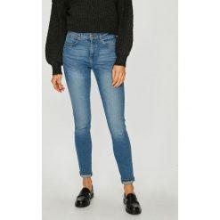 Wrangler - Jeansy Body Bespoke. Niebieskie jeansy damskie rurki Wrangler, z bawełny, z podwyższonym stanem. Za 329,90 zł.