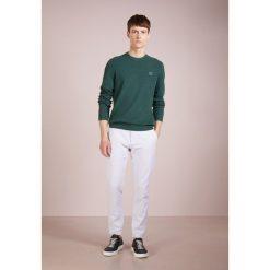 Swetry klasyczne męskie: BOSS CASUAL KALASSY Sweter dark green