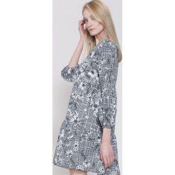 Szaro-Czarna Sukienka The One. Zielone sukienki mini marki other, l, prążkowane. Za 79,99 zł.