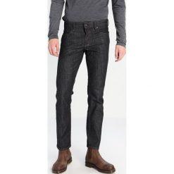 BOSS CASUAL BARCELONA Jeansy Straight Leg dark blue. Niebieskie jeansy męskie BOSS Casual. W wyprzedaży za 383,20 zł.