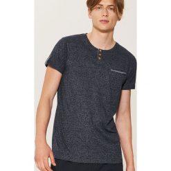 T-shirt z guzikami - Granatowy. Niebieskie t-shirty męskie marki House, l. Za 39,99 zł.