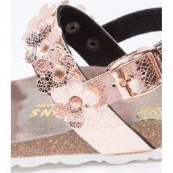 Genuins ROSALINO  Sandały rose. Czerwone sandały chłopięce Genuins, z materiału, z otwartym noskiem. W wyprzedaży za 160,30 zł.