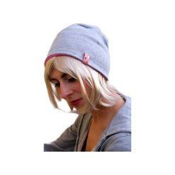 Czapki zimowe damskie: dresowa czapka