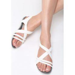 Białe Sandały Seagull. Białe sandały damskie marki Born2be, z materiału, na obcasie. Za 89,99 zł.