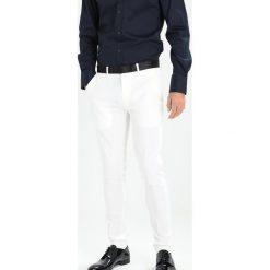 Spodnie męskie: Only & Sons ONSSUPER SKINNY BRODY Spodnie garniturowe white