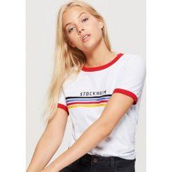 Bluzki, topy, tuniki: Koszulka z kontrastową lamówką - Biały