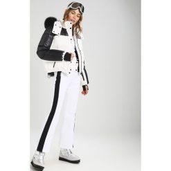 Kurtki sportowe damskie: Topshop SNO NEW PUFF BALL  Kurtka narciarska black/white