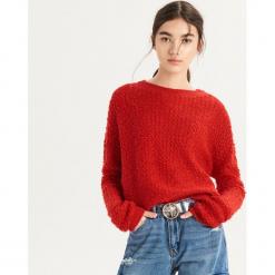 Czerwony sweter - Czerwony. Czerwone swetry klasyczne damskie Sinsay, l. Za 59,99 zł.