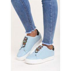 Niebieskie Buty Sportowe Milion Lights. Niebieskie buty sportowe damskie marki Born2be, z aplikacjami. Za 79,99 zł.