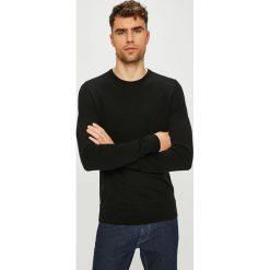 Calvin Klein - Sweter. Czarne swetry klasyczne męskie Calvin Klein, l, z dzianiny, z okrągłym kołnierzem. Za 449,90 zł.