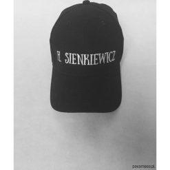 Czapka H. Sienkiewicz. Szare czapki zimowe damskie Pakamera, z bawełny. Za 69,00 zł.
