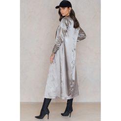Boohoo Płaszcz z marszczeniami przy rękawach - Grey. Czarne płaszcze damskie marki Boohoo, l, z poliesteru. W wyprzedaży za 42,59 zł.