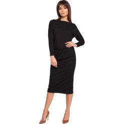 EDSEL Sukienka z dekoltem woda - czarna. Czarne sukienki z falbanami marki bonprix, w paski, z dekoltem woda. Za 129,99 zł.