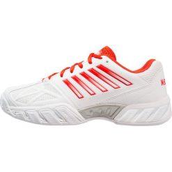 KSWISS BIG SHOT LIGHT 3 Obuwie multicourt white/fiesta/silver. Białe buty do tenisu damskie K-SWISS, z gumy. W wyprzedaży za 356,15 zł.