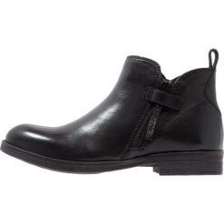 Geox AGATA Botki black. Czarne buty zimowe damskie marki Geox, z materiału. W wyprzedaży za 159,60 zł.