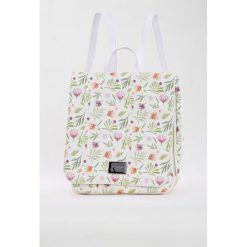 Plecaki damskie: Plecak z kwiatkami