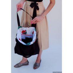 Torba arbuz. Szare torebki klasyczne damskie Pakamera, w paski, z bawełny. Za 99,00 zł.