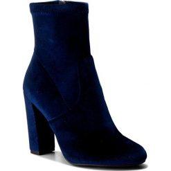 Botki STEVE MADDEN - Editt Ankle Boot 91000022-0W0-09003-04002 Navy. Niebieskie botki damskie na obcasie marki Steve Madden, z materiału, eleganckie, na zamek. W wyprzedaży za 299,00 zł.
