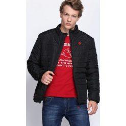 Czarna Kurtka Run and Hide. Czarne kurtki męskie pikowane marki Born2be, l, z aplikacjami, z dresówki. Za 149,99 zł.